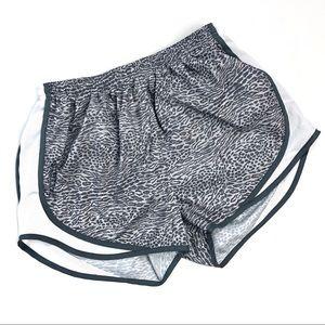 Nike Dri Fit Tempo Running Shorts Grey & White M